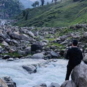 Read more about the article 5 Amazing and Enchanting Lake of Himachal Pradesh That You Must Visit